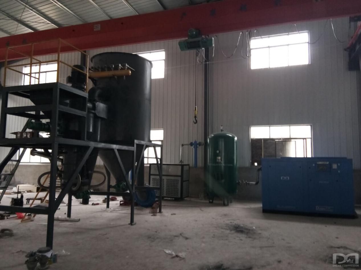 四川某动力设备有限公司气流磨配套空压机